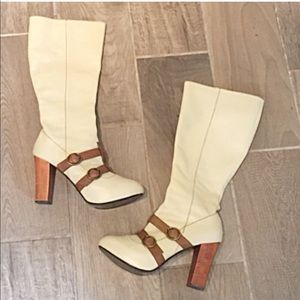 🔷BOGO🔷 Colin Stuart cream leather heeled boots